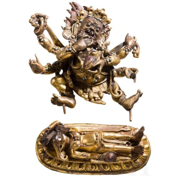 A fine Tibetan figurine of Yidam Mahakala in fire-gilt bronze, 17th/18th century