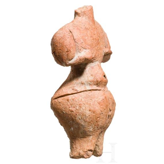 An impressive Hungarian Neolithic Venus idol, terracotta, Körös culture, 4th millenium B.C.