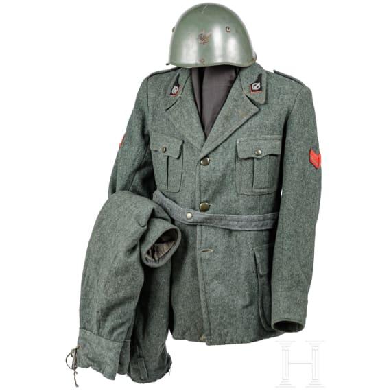 A uniform ensemble of a soldier of the Repubblica Sociale Italiana (RSI), 1943-45