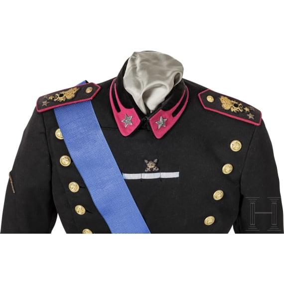 A M 34 uniform of a captain in Bersaglieri Regiment No. 2