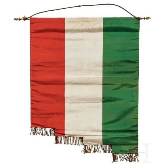 """Faschistische Fahne der """"Societa di mutuo soccorso Loreto e Casalesi Milano"""""""