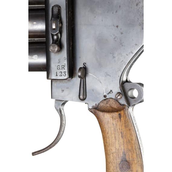 A four-barrelled flare gun by Gebr. Rempt