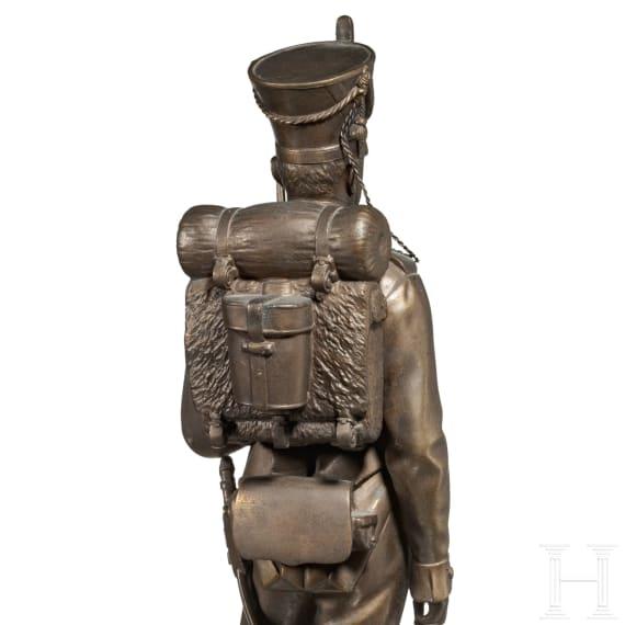 Carl Silbernagel – große Figur eines Garde-Infanteristen des 19. Jhdts., datiert 1902