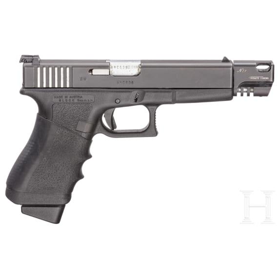 Glock Mod. 17, Oschatz-Tuning, im Pistolenkoffer