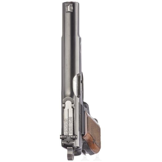 FN GP (Grand Puissance) HP Mod. 35, mit Anschlagbrett und Reservistenschärpe