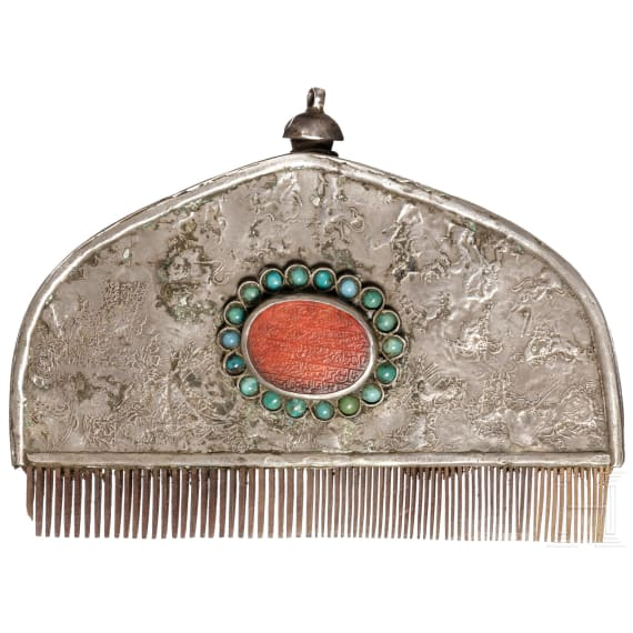 A silver-mounted Tibetan comb, 20th century