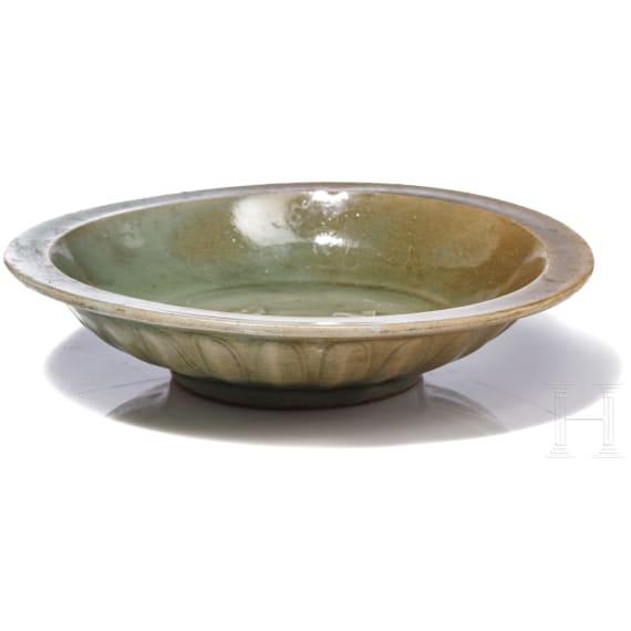 A Chinese Longquan bowl, Yuan Dynasty, 14th century