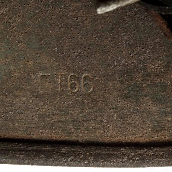 A German army steel helmet M35, 1935 - 1940