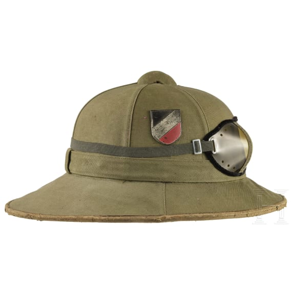 A German pith helmet M 41 for members of the army