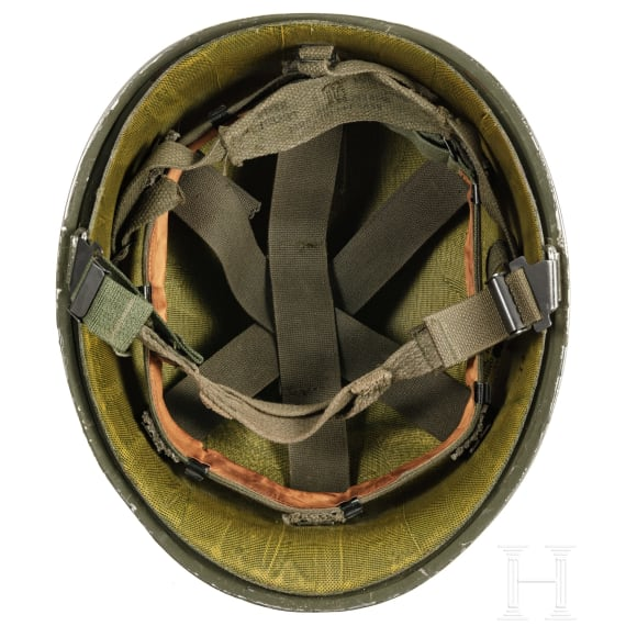 Three US-American and US-allied steel helmets in US-style, 1950s - 1980s