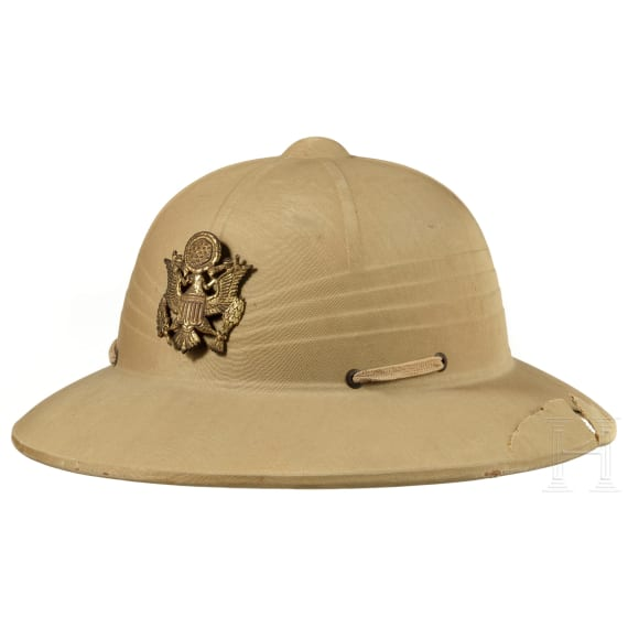 Two US-American pith helmets, 1940s - 1970s