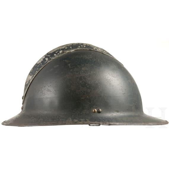 A Belgian steel helmet M 26, circa 1926 - 1939