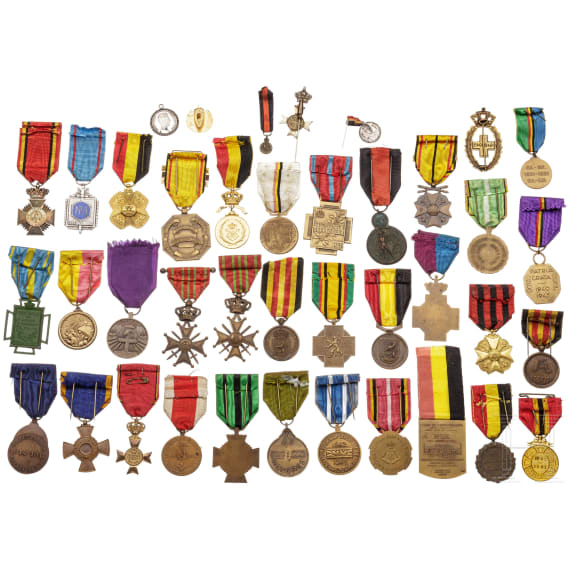 Approx. 40 awards, 19th/20th century