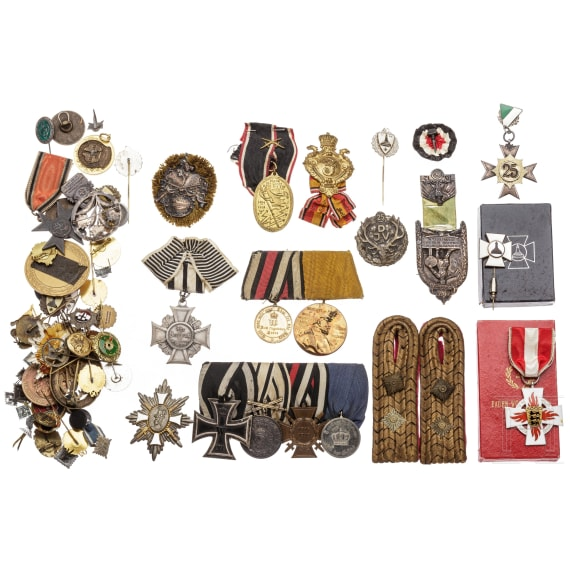 A large group of awards, mostly German Empire
