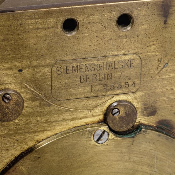 A German Morse apparatus by Siemens with Junker key, 20th century