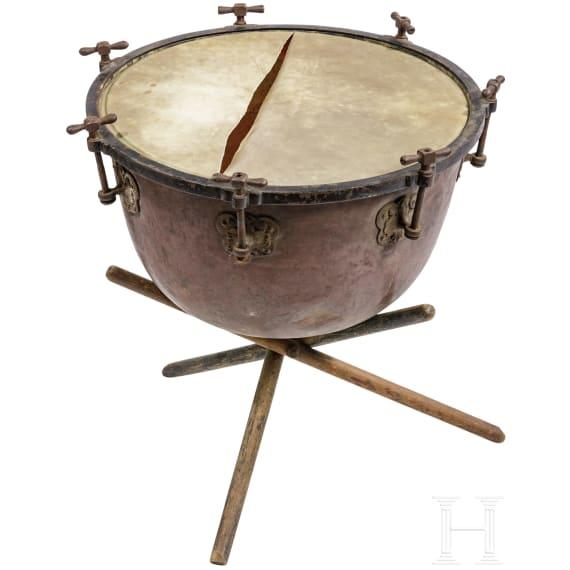 A Hanoverian Kettle drum, 18th/19th century