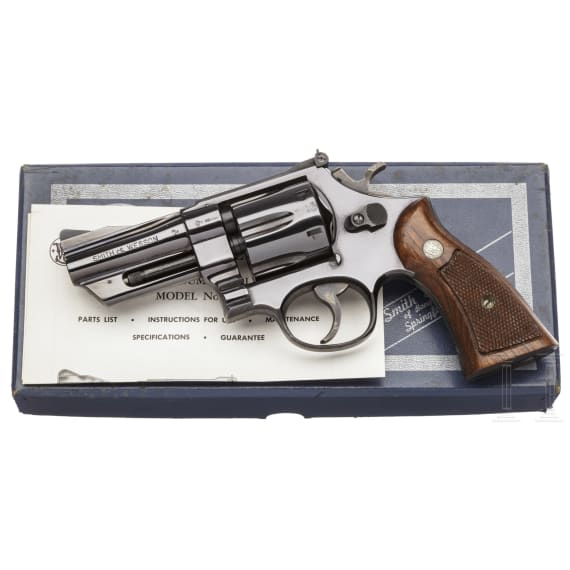 """Smith & Wesson Mod. 27-2, """"The .357 Magnum"""", in box"""