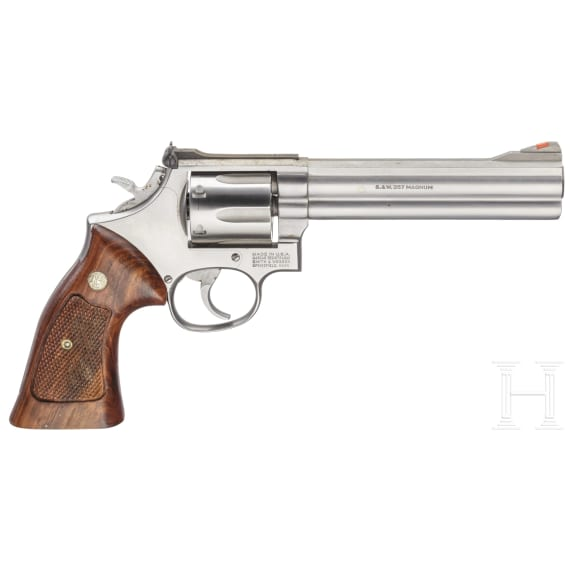 """Smith & Wesson Mod. 686, """"The .357 Distinguished Combat Magnum Stainless"""", im Karton"""