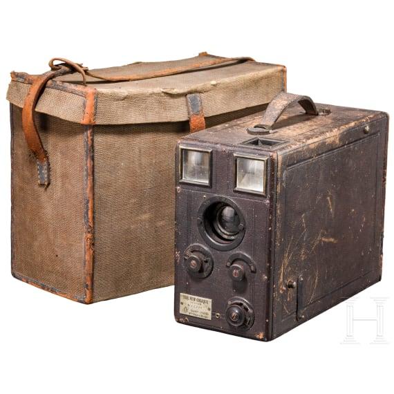 """Fotokamera """"The new Cosaque senior"""" der Fa. """"Const rs Paris"""", um 1914"""