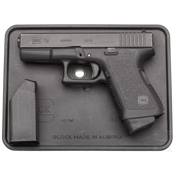 Glock Mod. 19, in Box